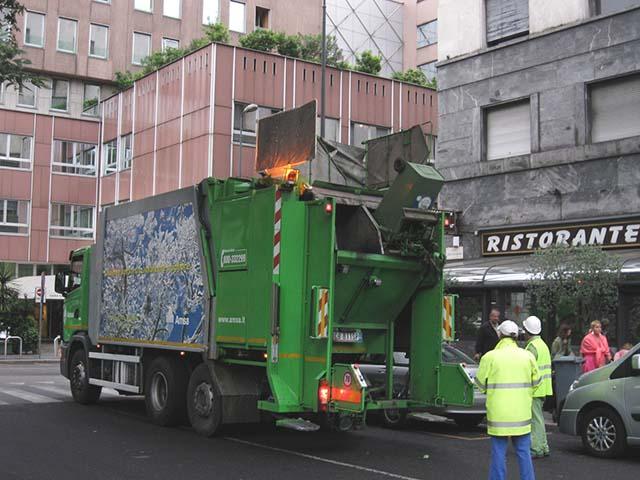 ミラノのゴミ収集車