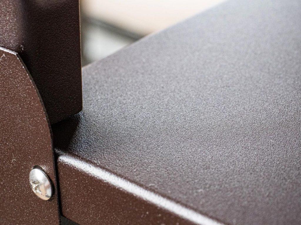 グリーンライフ×環境生活アルミ製室外機カバーASC-85Nの焼き付け塗装された表面