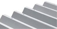 優れた耐久性を発揮するガルバリウム鋼板の屋根。