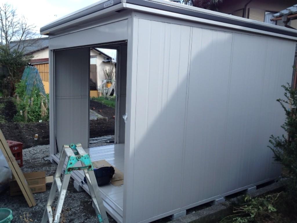 ③エルモとピッ外壁と屋根の組立て