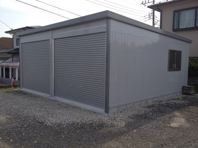 イナバガレージ ガレーディア 2連棟の施工事例<横浜市S様>3