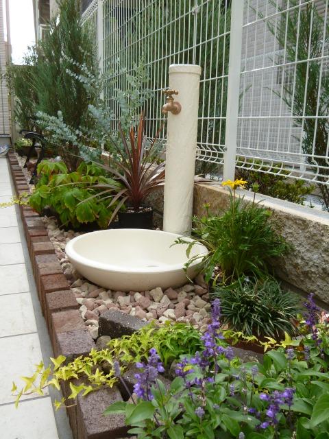 水栓柱サガン+ガーデンパントレビ丸の施工事例