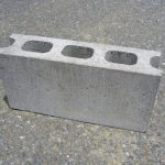 物置・収納庫の下にブロックは必要ですか?