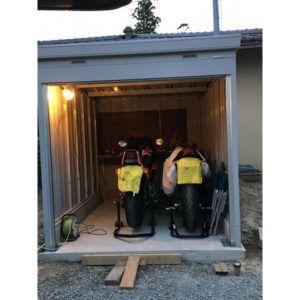 【お客様組立】イナバ バイク保管庫 FXN-2230S スタンダード 一般地型の施工事例(福島県N様)